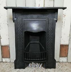 A Pretty Victorian Cast Iron Combination Bedroom Fire Fc0059