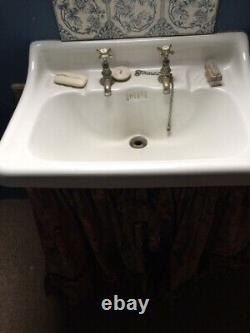 Antique Large Cast Iron Bath Tube and sink