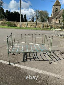 Antique Victorian cast iron cot/ chateau style garden sofa/day bed S. Derbyshire
