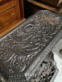 Antique Victorian ornate cast iron log burner / fireplace