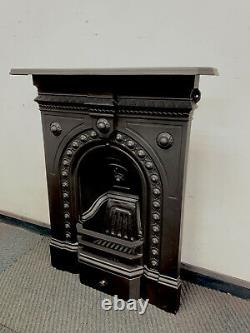 Bedroom Antique Victorian Cast Iron Fireplace woodburning DELIVERY free or £35