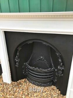 Exceptional & Stunning High Quality Cast Iron Fireplace Insert & Wooden Surround