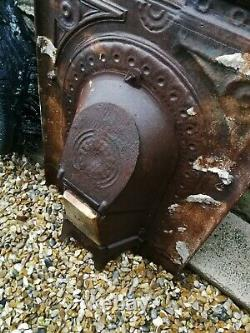 Original Victorian antique cast iron bedroom small fireplace & grate