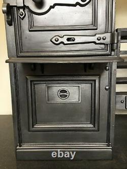 Restored Antique Cast Iron Victorian Kitchen Cooking Range Fireplace Hob (QP049)