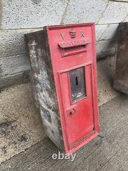 Royal Mail Cast Iron Queen Victoria Wall Mounted Post Box Antique VR Letter Box