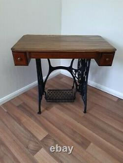 Singer Cast Iron Treadle Base Sewing Machine Table With 2 Drawers